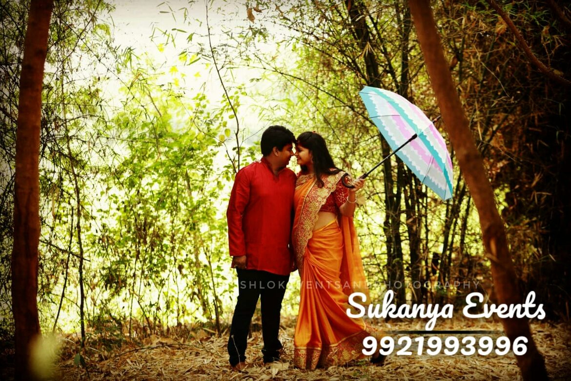 PHOTOGRAPHERS For Receiption Photography In Pune.