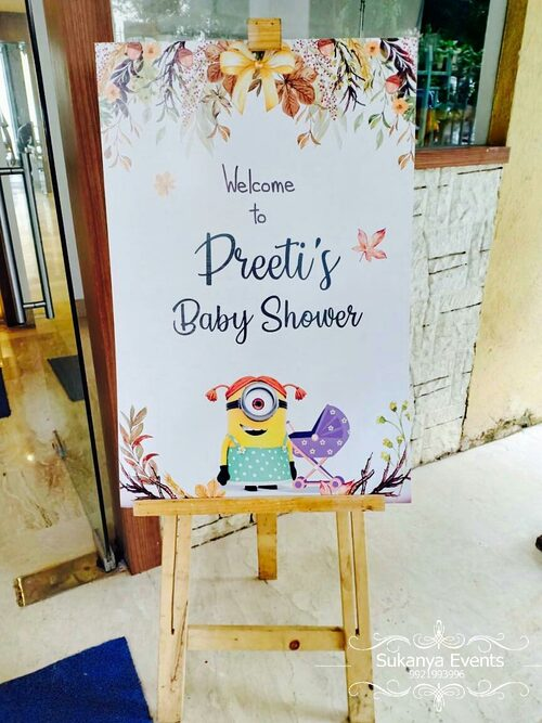 Welcoming Standy For Baby Shower